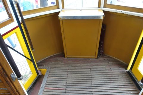 lisbon-tram/後方