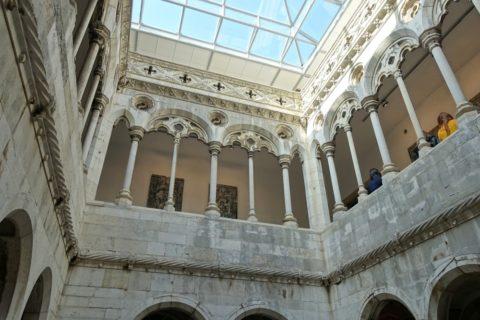 museu-nacional-do-azulejo/回廊の拭きぬけ