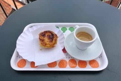 quiosque-portas-do-sol/ナタとコーヒーのセット