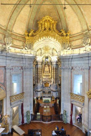 torre-dos-clerigos/主祭壇