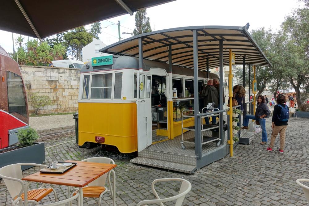 banana-cafe (3)