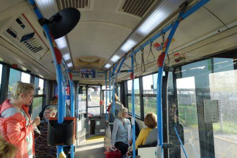 budapest-airport-access/バスの車内