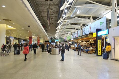 lisbon-airport (11)