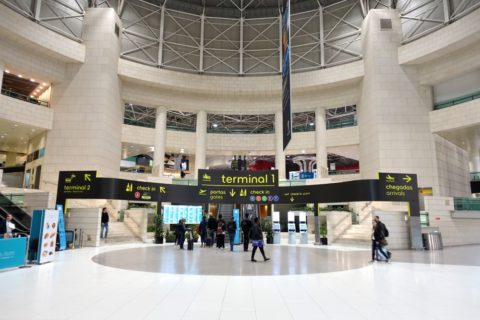 lisbon-airport/ターミナル1ホール