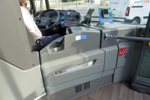 sintra-bus/運転席