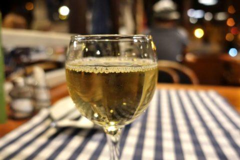 belvarosi-lugas-vendeglo/白ワイン