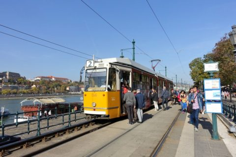 budapest-transport/トラムの乗り方