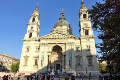 聖イシュトヴァーン大聖堂の正面