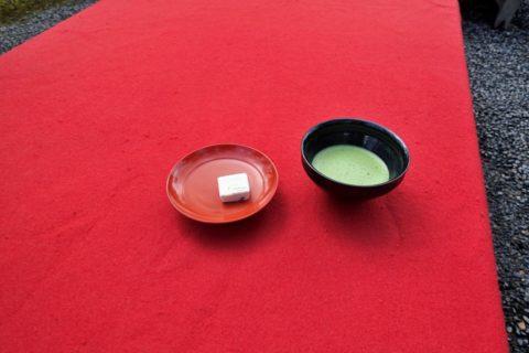 金閣寺/お抹茶と茶菓子