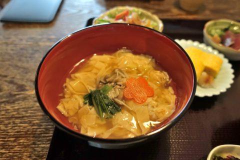 京都美先/湯葉丼