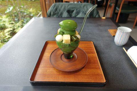 salon-de-muge/濃い抹茶パフェ
