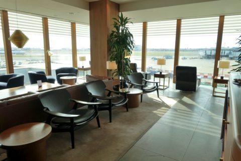 london-cathay-pacific-firstclass-lounge/ラウンジエリア