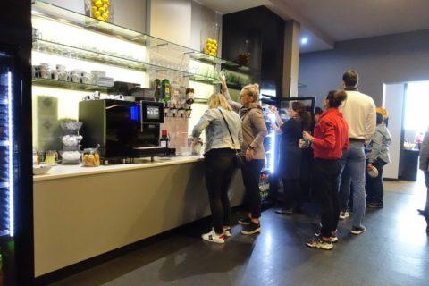 mastercard-lounge-prague-airport/ビュッフェカウンター