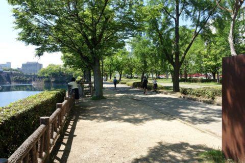 大阪城公園のランナー