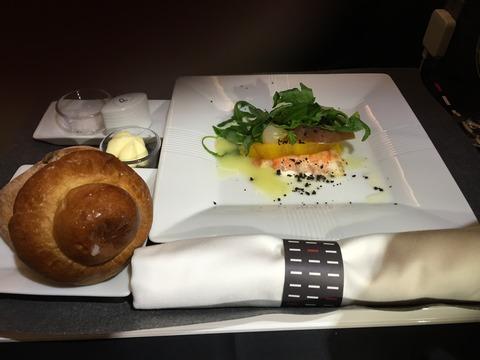 JALビジネスクラス機内食パリ成田 (6)