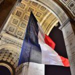パリ凱旋門への入口はココ!持ち込み可能な荷物のサイズもチェック
