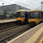 ロンドンで列車が日曜日に通過する悲惨な駅「West Ealing」