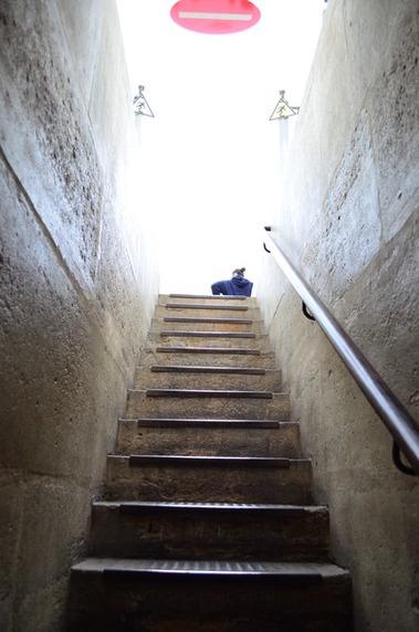 凱旋門の階段の段数を数えてみた (4)