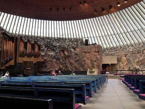 テンペリアウキオ教会 (1)