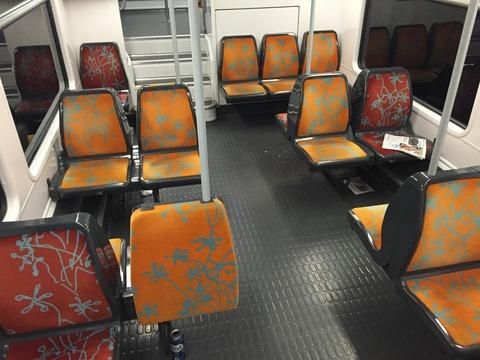 臭い・汚い・暗い パリの地下鉄 (11)