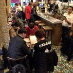 パリ・エッフェル塔近くのビストロCafe Constantで食レポ!口コミ頼りに入った店内は観光客だらけ