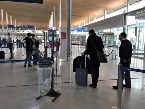 パリCDG空港 (11)