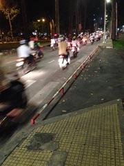 ホーチミン バイク避けフェンス (1)