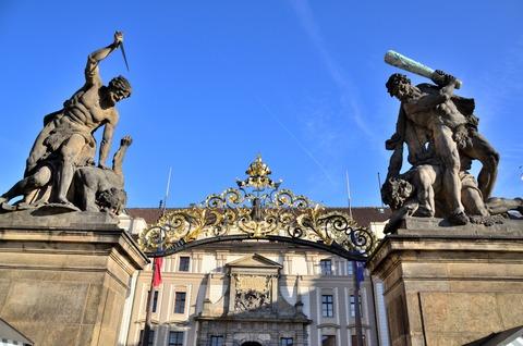 プラハ城「衛兵の交代式」 (2)
