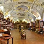 プラハ「ストラホフ修道院」の図書室は本当に美しかった!